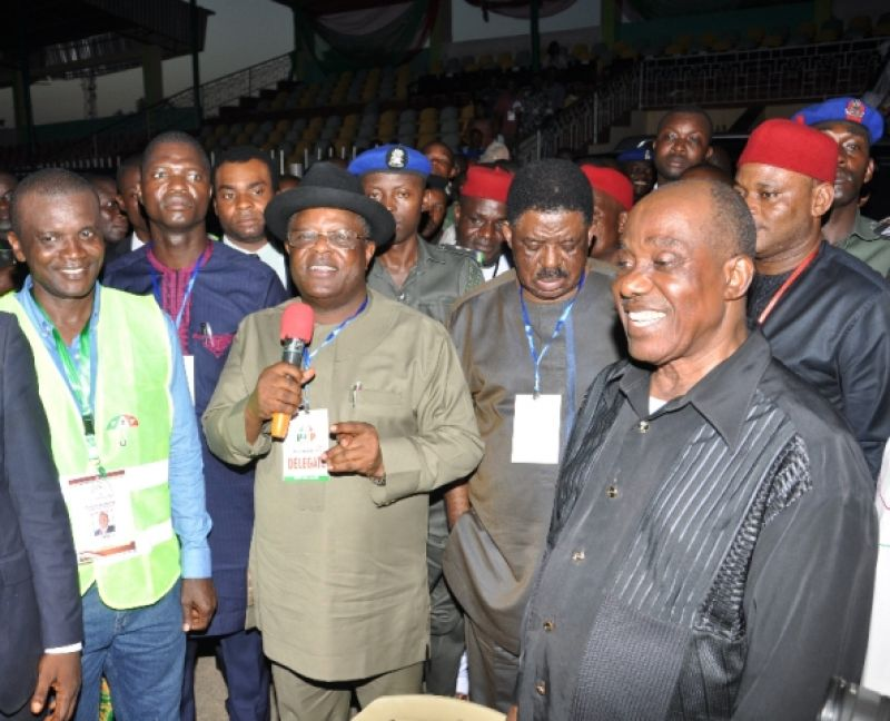 Governor David Umahi of Ebonyi State (with microphone); Congress Coodinator for Ebonyi State PDP, Mr. Emma Okah(left); Speaker, Ebonyi State House of Assembly, Francis Nwifuru; Former Governor, Sen. Sam O. Egwu; Former State PDP Chairman, Chief Okeagu Ogada; Deputy Governor Kelechi Igwe, at the PDP State Congress at Abakaliki Township Stadium on Tuesday. Photo: EBSG