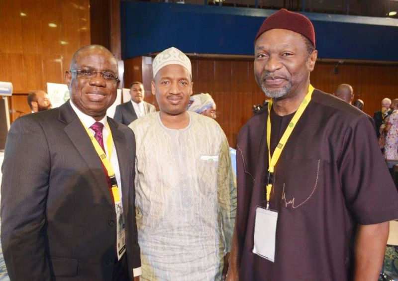 Managing Director, Shell Nigeria Exploration and Production Company, Mr. Bayo Ojulari; Shell's Government Integration Manager, Mr. Abubakar Ahmed; and the Minister of Budget and National Planning, Senator Udoma Udo Udoma, at the 22nd edition of the Nigeria Economic Summit in Abuja, Early October 2016.