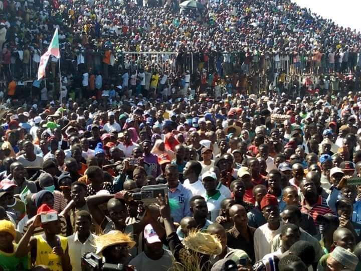 How crowd stopped Buhari from talking, disrupted APC Presidential Rally in Jos