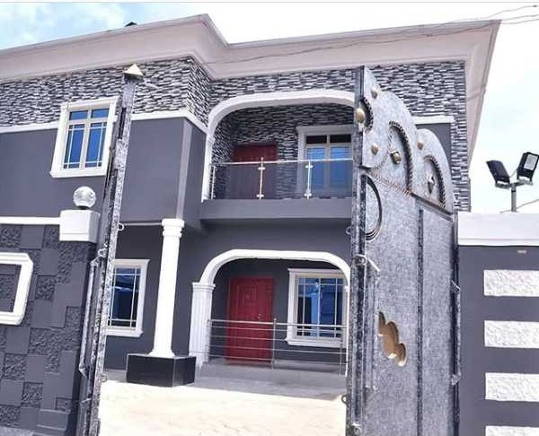 Singer Chidinma surprises mum with mansion on 60th birthday