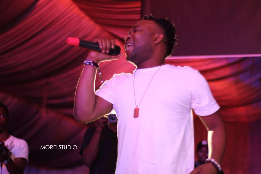 Airo, the #villagepeople crooner, thrills Makurdi in a mind-blowing performance