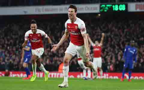 Arsenal overcome Chelsea to close gap on fourth place