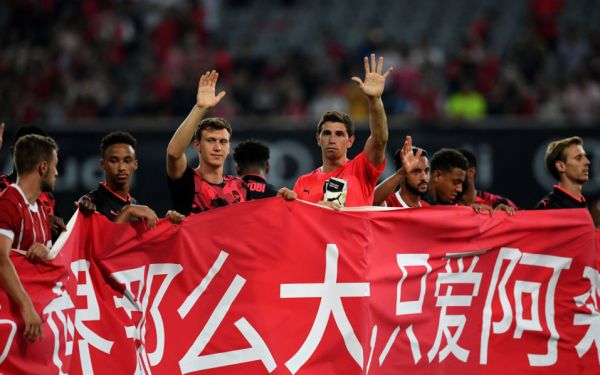 Arsenal hit by food poisoning in China