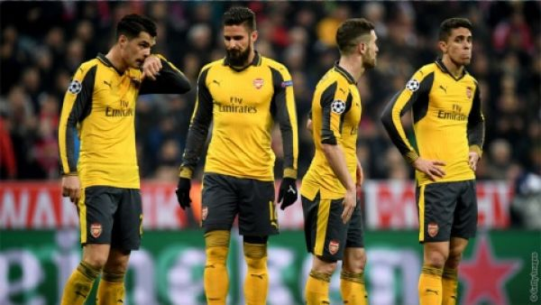 Arsenal's top-4 bid in tatters after 3-­0 humiliation by lowly Crystal Palace