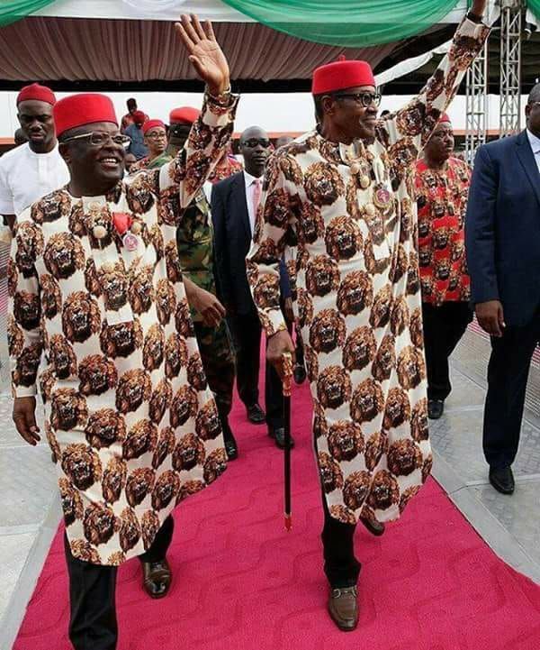 •President Buhari and Governor Umahi acknowledging cheers during the recent visit to Ebonyi