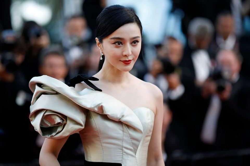 Missing Chinese actress fined for tax fraud