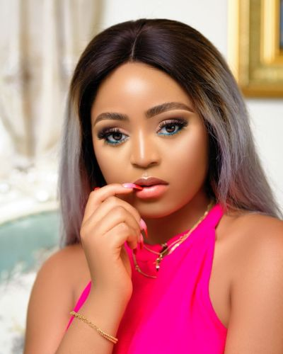 Fans at war over Regina Daniels' sexy picture