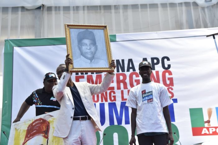 Student paints El-Rufai's portrait in two minute; sells it for N2m