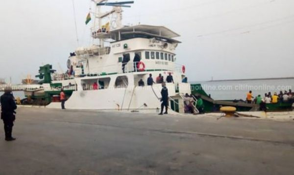 Nigerian pirates release 3 kidnapped South Korean sailors after a month in custody