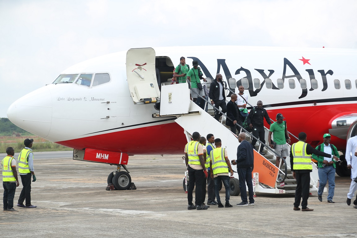 Okowa receives Super Eagles at Asaba International Airport •NFF President lauds FIFA approval of Stephen Keshi Stadium for int'l matches