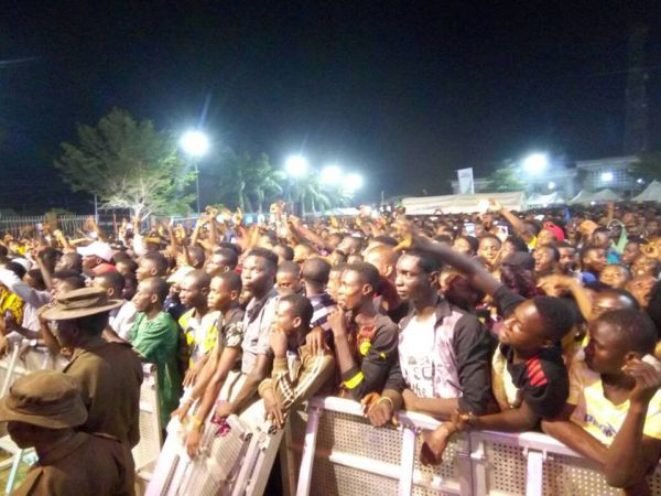 •A cross section of crowd on day one of the 2017 One Lagos Fiesta