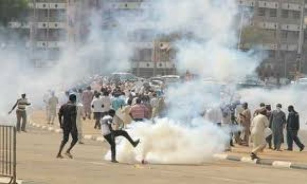 Police open fire on protesting Shites in Abuja