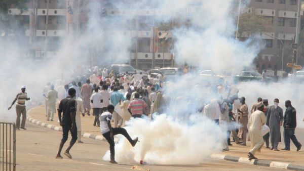 •Police clashing with Free-Zakzaky protesters in Abuja