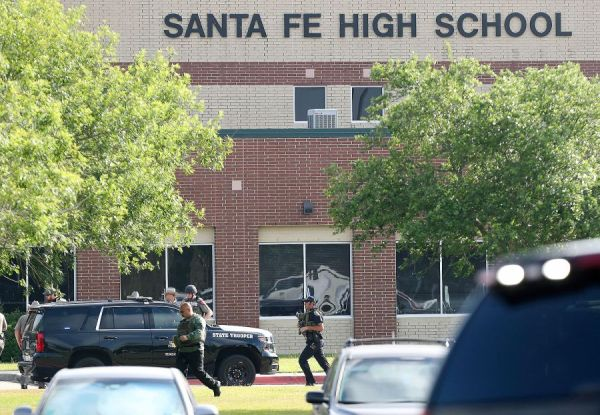 Up to 10 reported dead in US school shooting