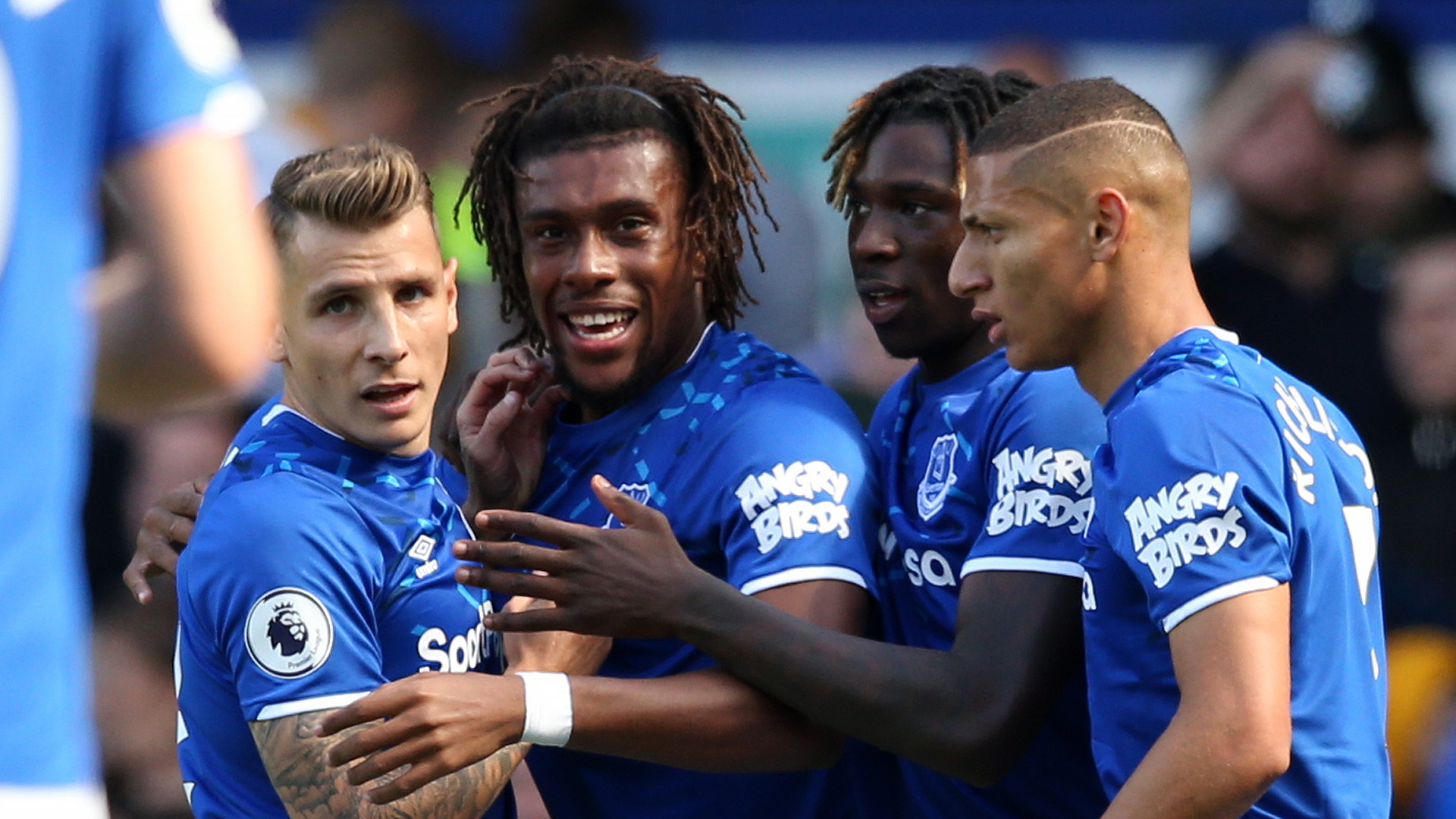 Iwobi header helps fetch victory for Everton