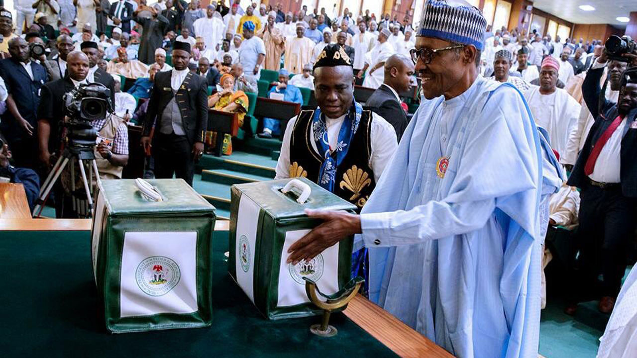 •President Buhari presenting the 2018 draft budget of N8.61 Trillion to a joint session of the Nat