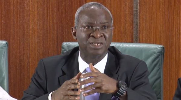 •Power, Works and Housing Minister Babatunde Fashola