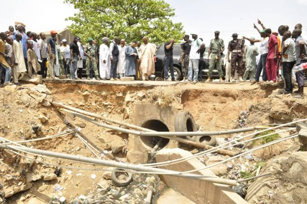 •Governor Sani-Bello and his entourage inspecting a project during the LG tour